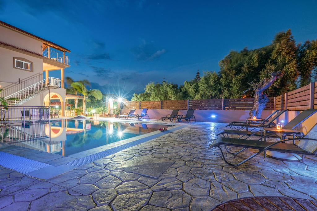 The swimming pool at or near Armonia Boutique Hotel