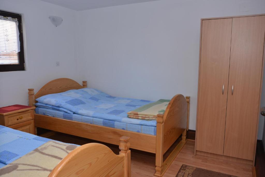 هتل AB Apartments