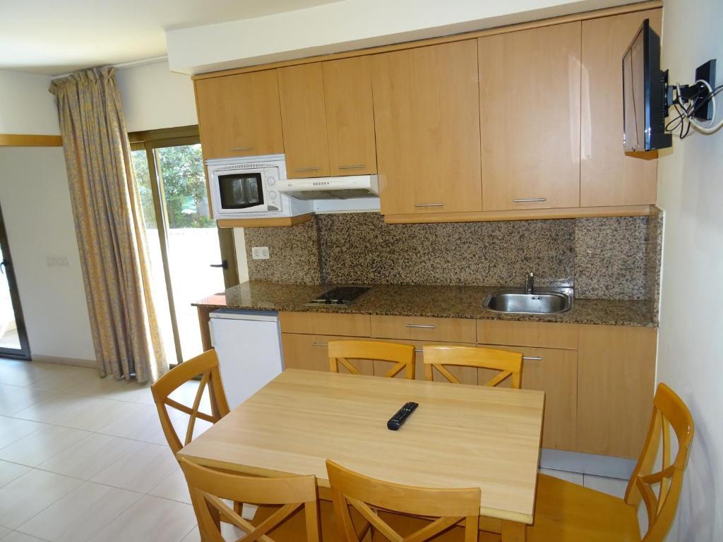 Küche/Küchenzeile in der Unterkunft Apartamentos Selvapark