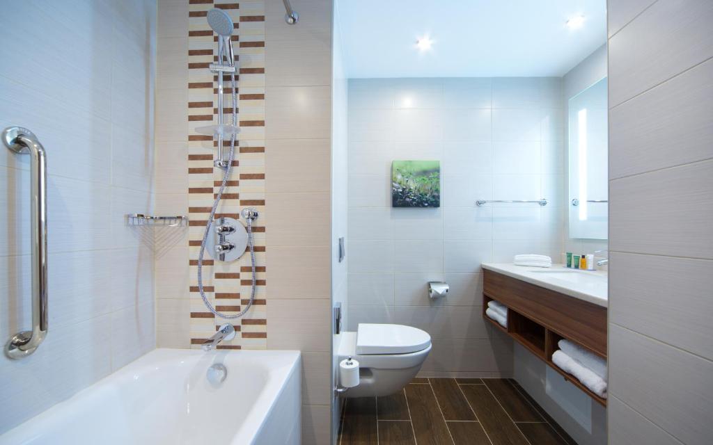 Ванная комната в Хилтон Гарден Инн Москва Красносельская