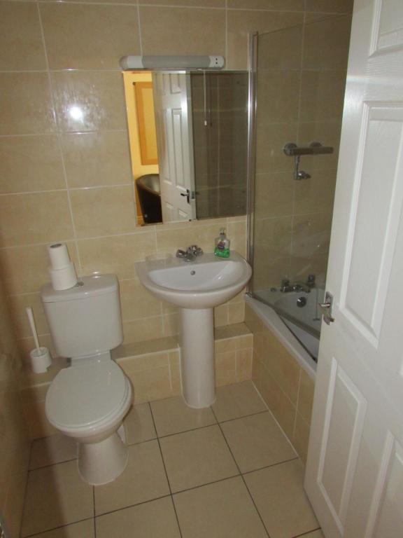 A bathroom at The Duke William