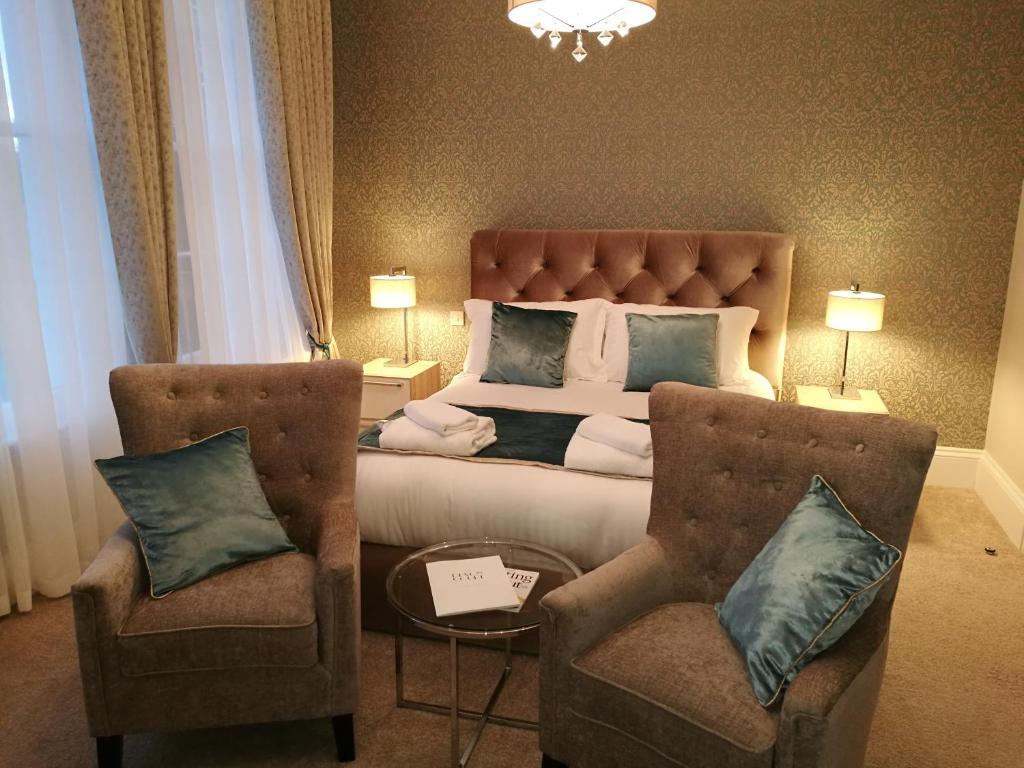 The Devon Court tesisinde bir odada yatak veya yataklar