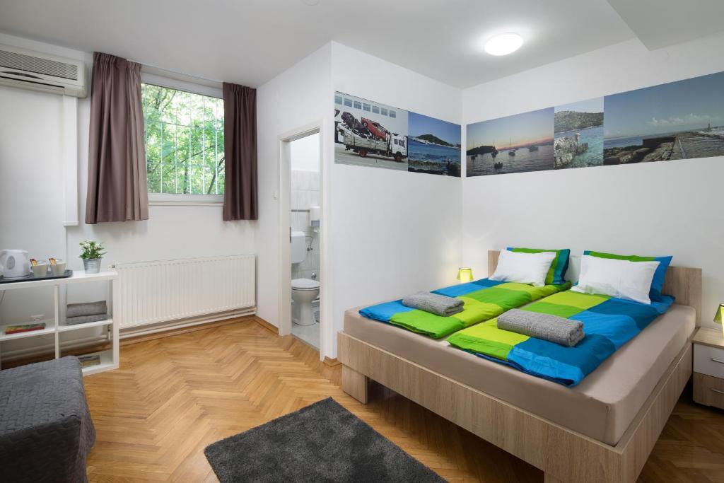 Hostel Bureau