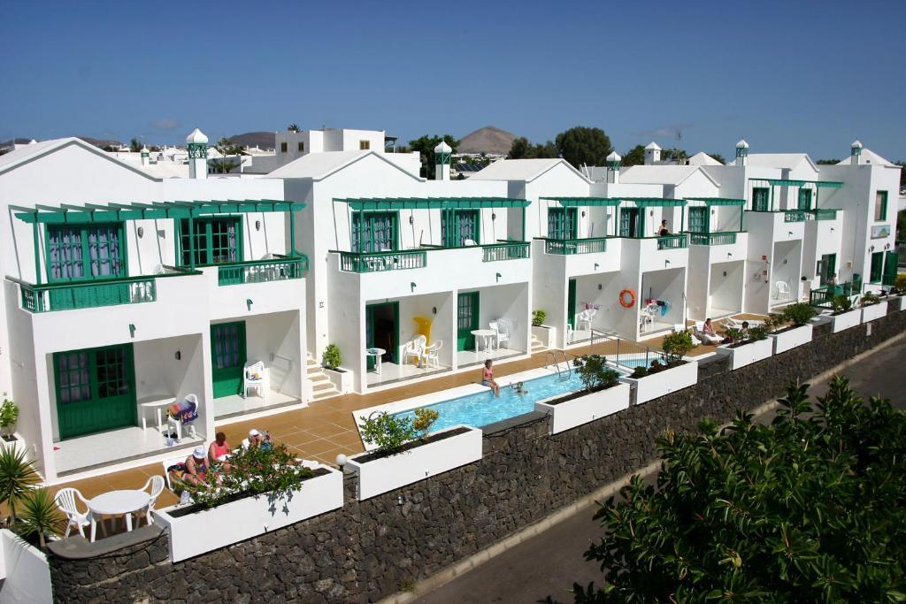 Vista de la piscina de Apartamentos Europa o alrededores
