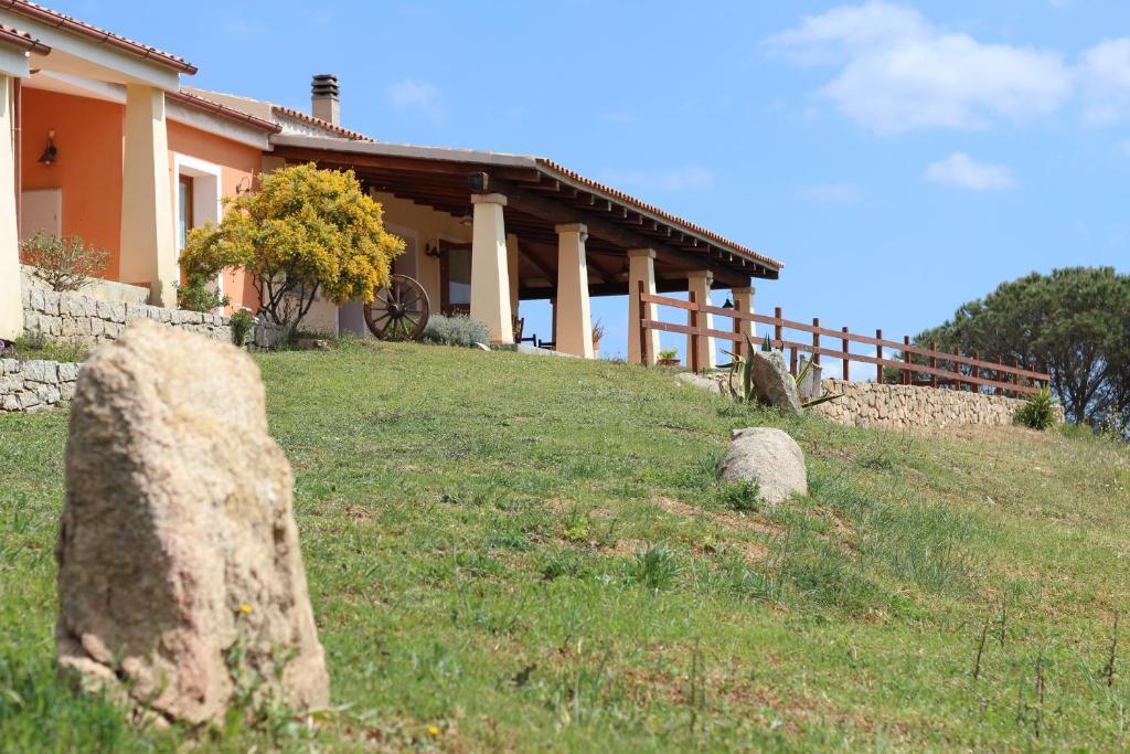 Het gebouw waarin de vakantieboerderij zich bevindt