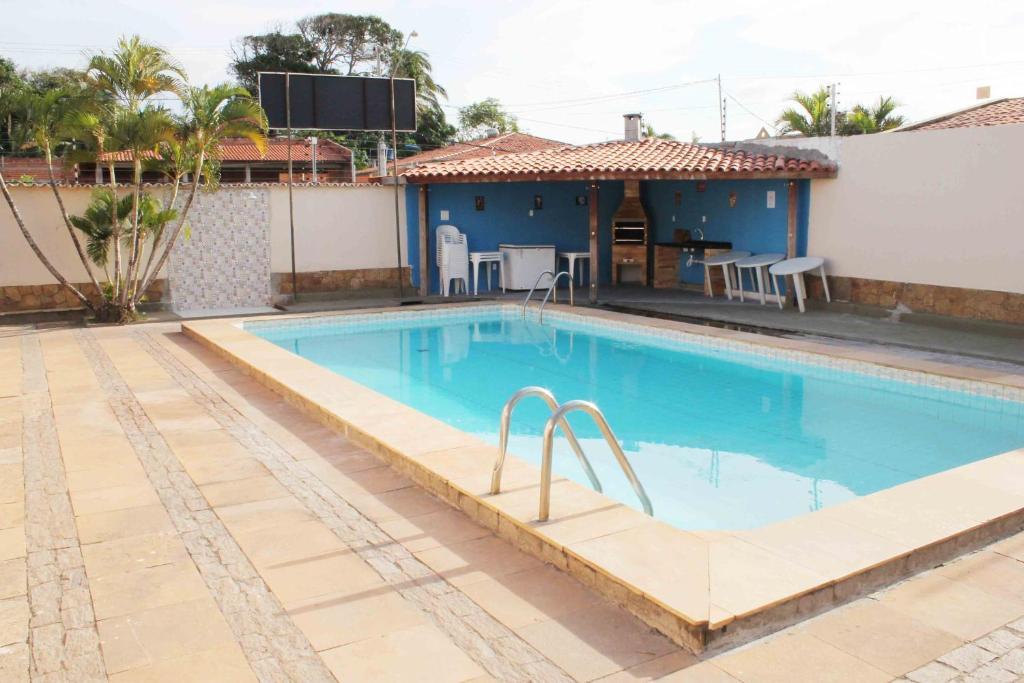 The swimming pool at or near Temporada São Luis