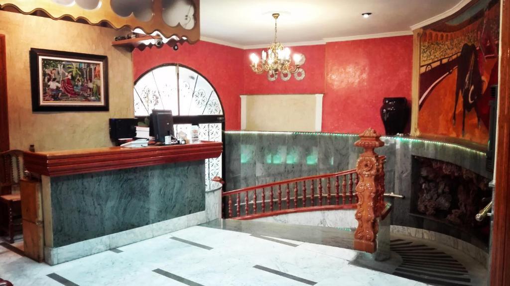El vestíbulo o zona de recepción de Hotel Manolete
