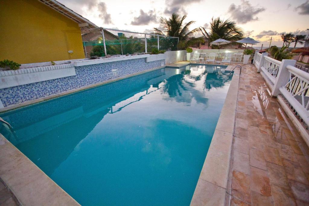 The swimming pool at or close to Pousada Barra Bonita