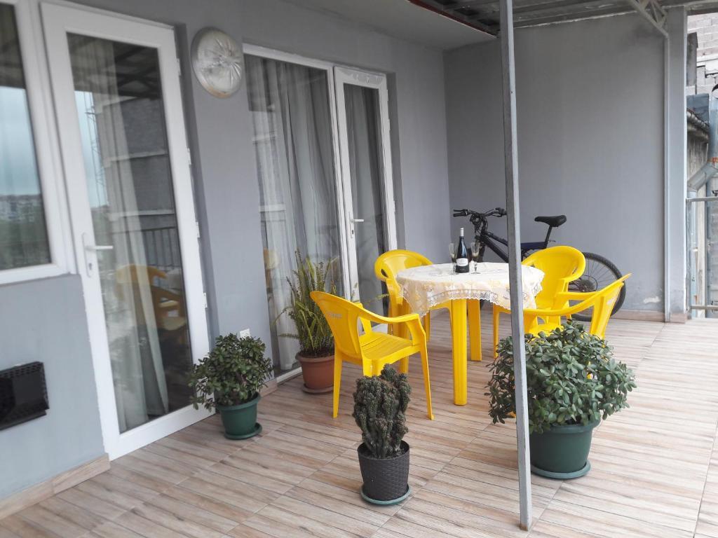 Lia Apartment