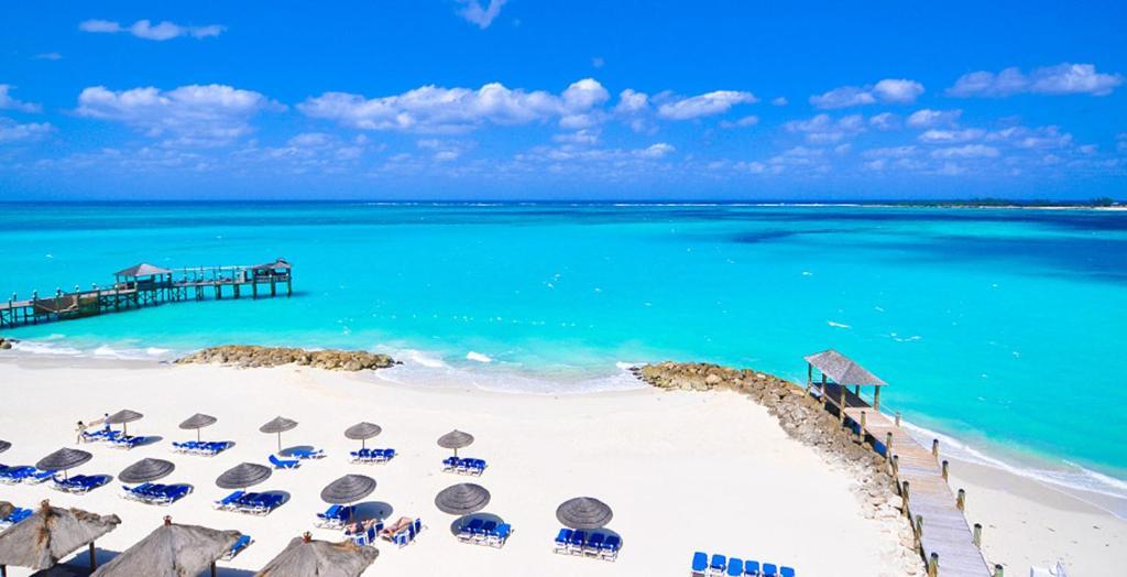 Bahamas All Inclusive >> Resort Sandals Royal Bahamian Couples Nassau Bahamas