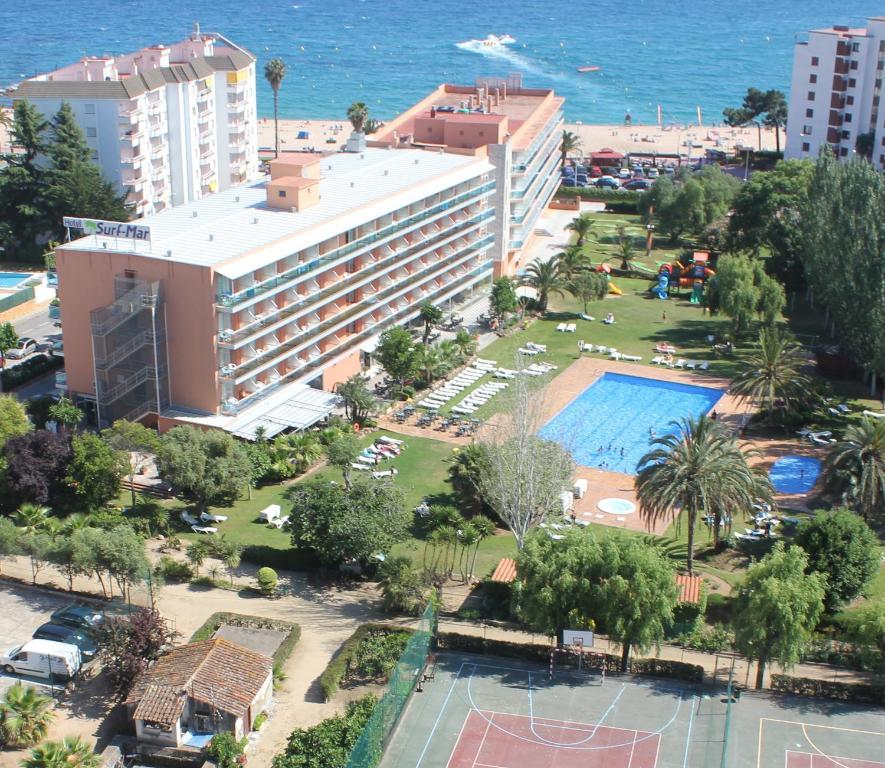 A bird's-eye view of Hotel Surf Mar