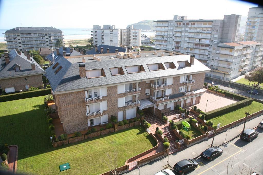 Apartamentos La Terraza Laredo Spain Booking Com