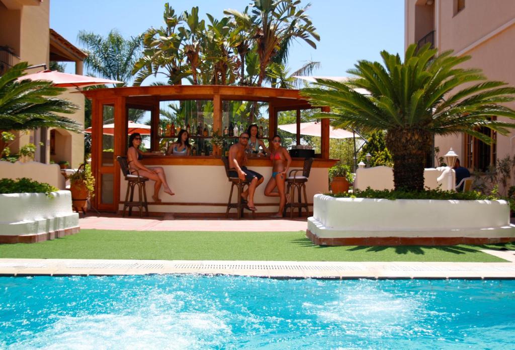 The swimming pool at or near Hotel La Filadelfia