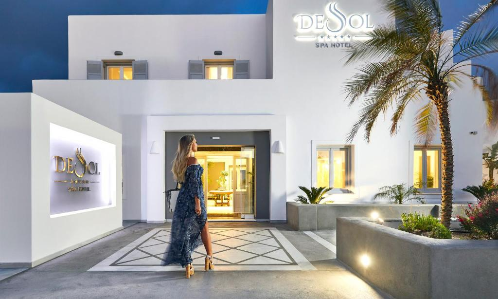 The lobby or reception area at De Sol Hotel & Spa
