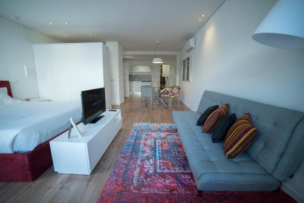 """A seating area at Bracara Guest House """"São Bento"""" - """"Palácio do Raio"""""""