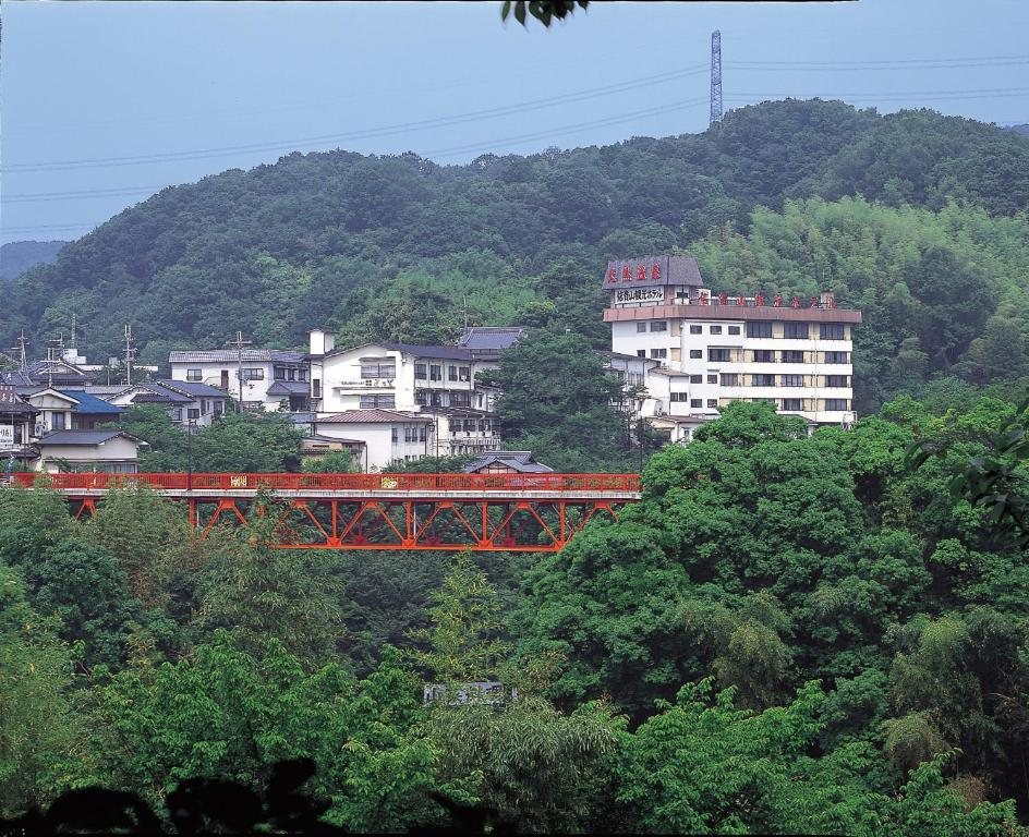 三郷 ホテル