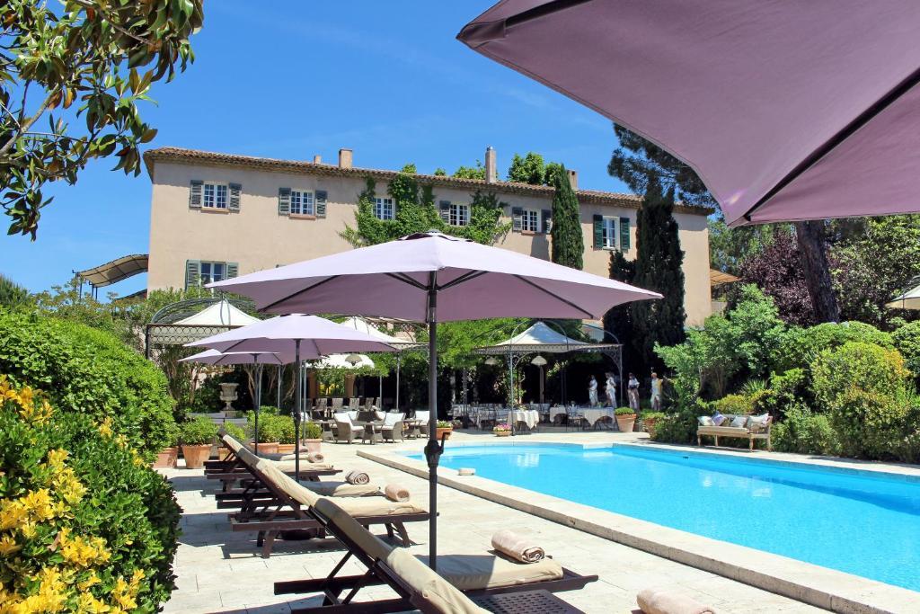 A piscina localizada em Mas De Chastelas ou nos arredores