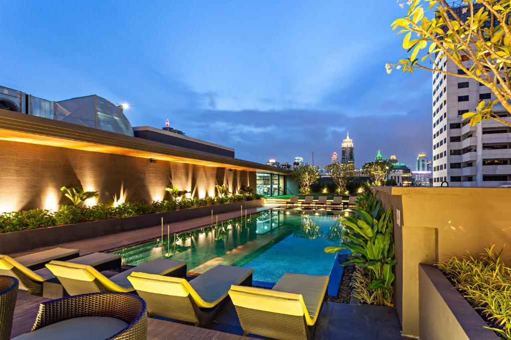 The swimming pool at or near Best Western Premier Sukhumvit