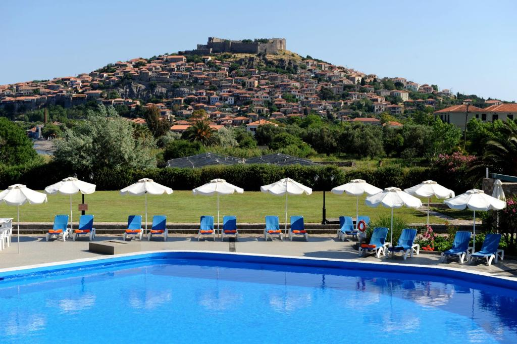 The swimming pool at or near Delfinia Hotel & Bungalows