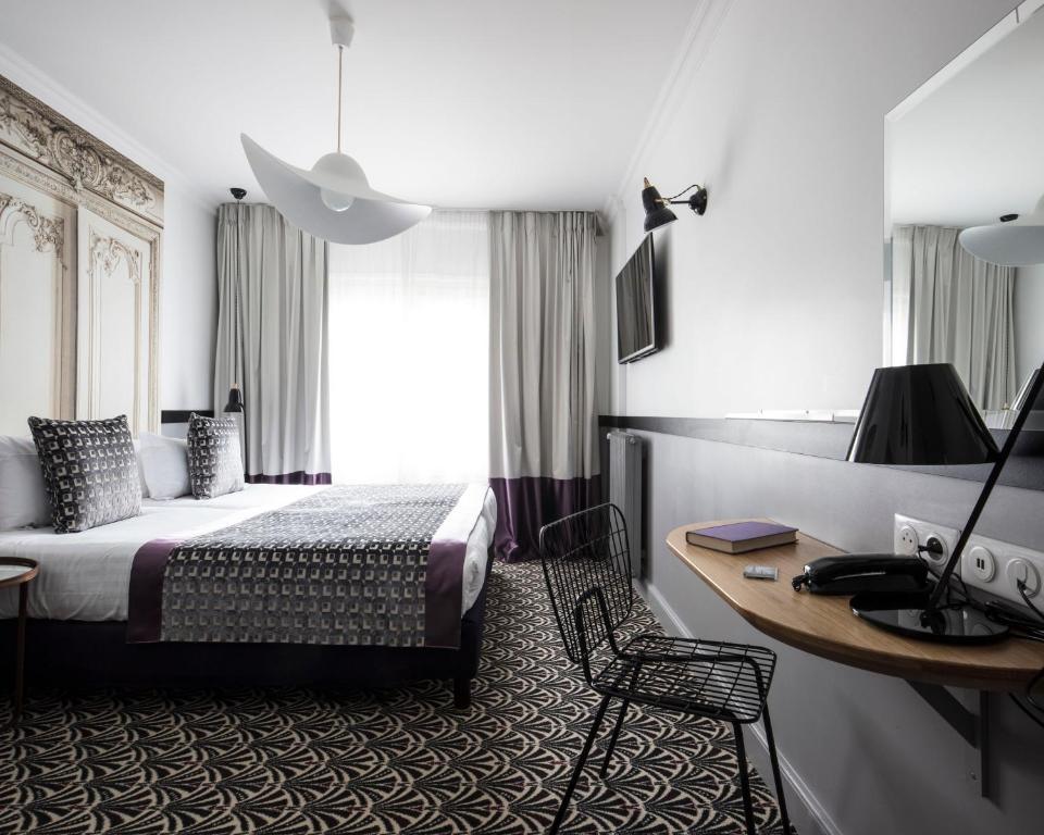 馬爾特阿斯托特爾酒店房間的床