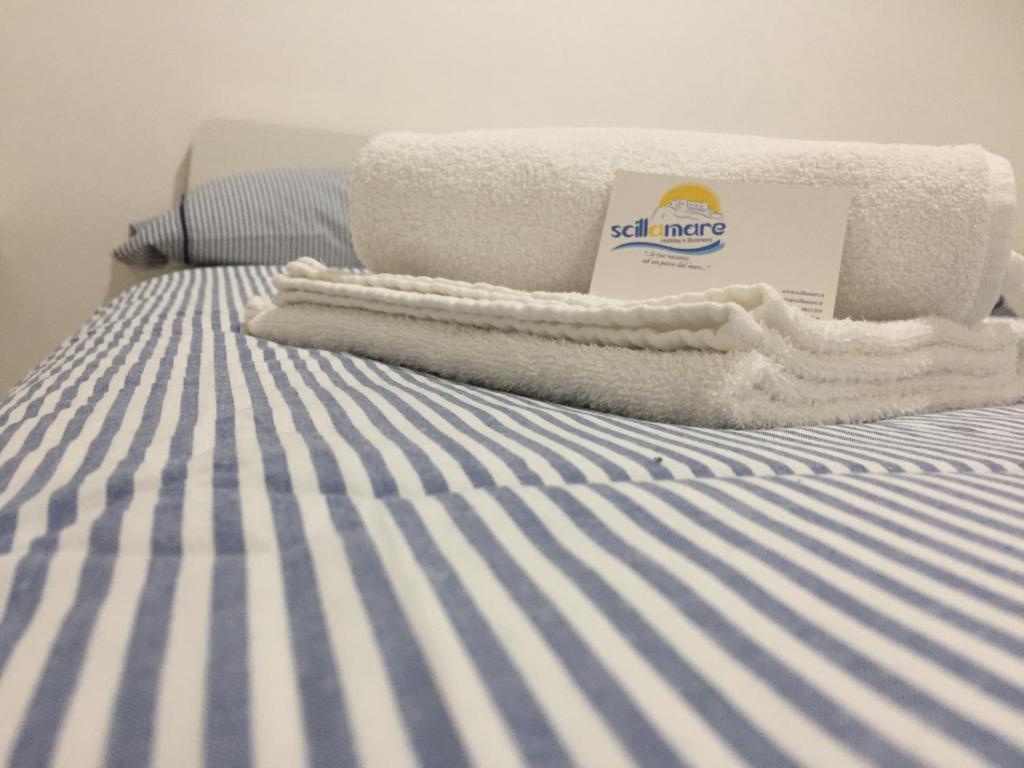 Cama ou camas em um quarto em B&B Scilla Mare