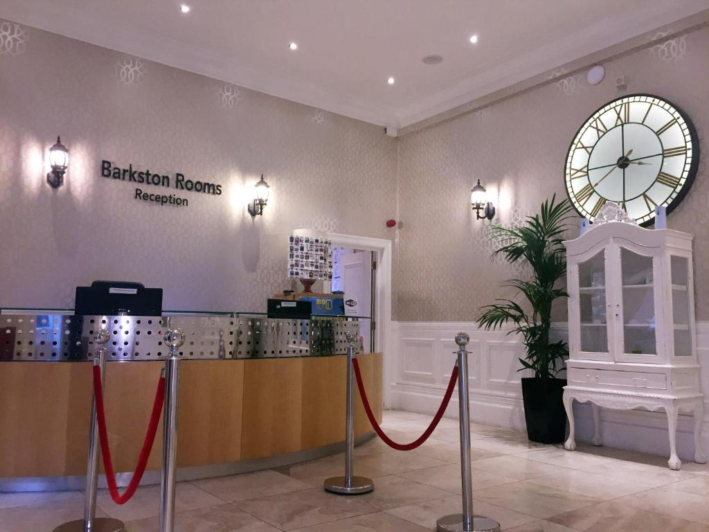 The lobby or reception area at Barkston Rooms Earls Court
