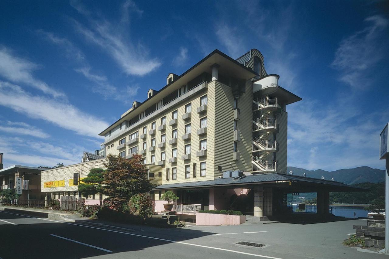 記念日におすすめのホテル・富士レークホテルの写真1