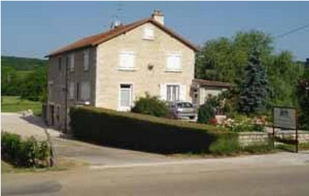 Bed And Breakfasts In Vosne-romanée Burgundy
