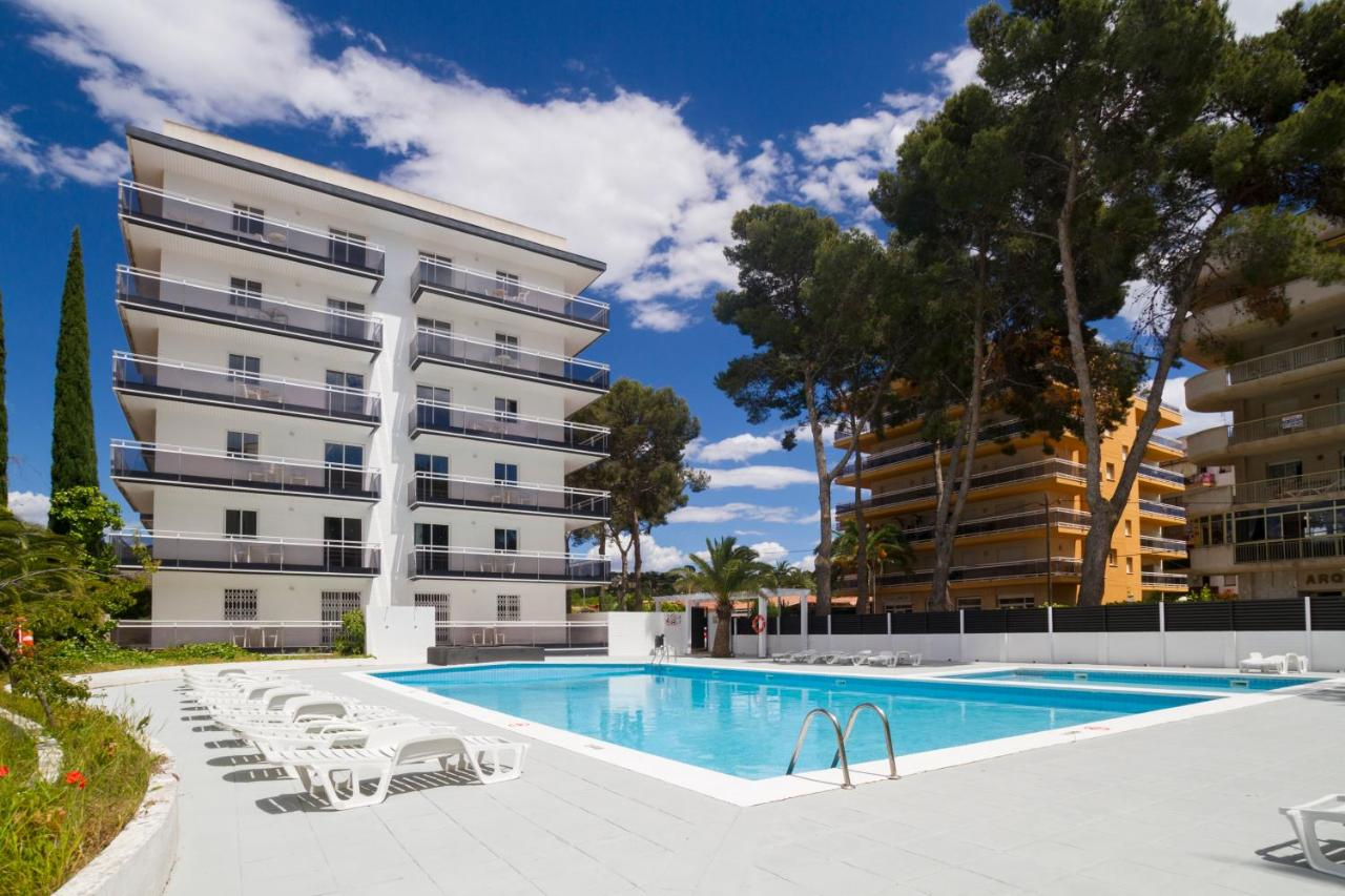 Apartment Ibersol Priorat, Salou, Spain - Booking.com