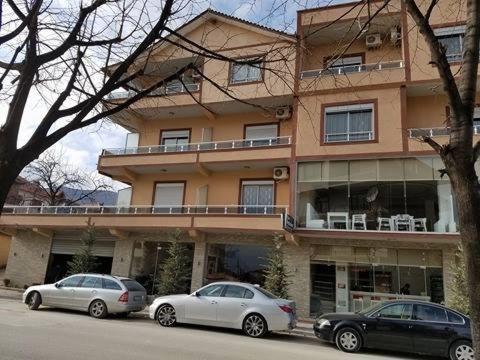 Отель  Hotel Unik