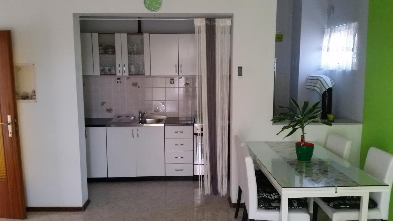 Apartment Mali Duje Puticanje Croatia Booking Com