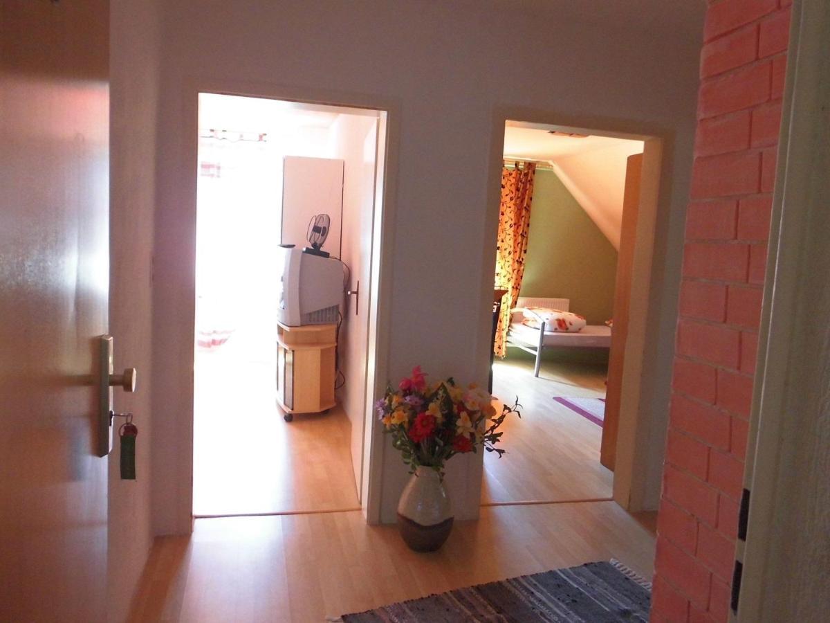 Апартаменты  3-Zimmerwohnung-fuer-11-Personen