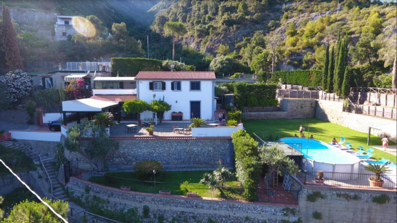 Дом для отпуска  Casa De Angelis