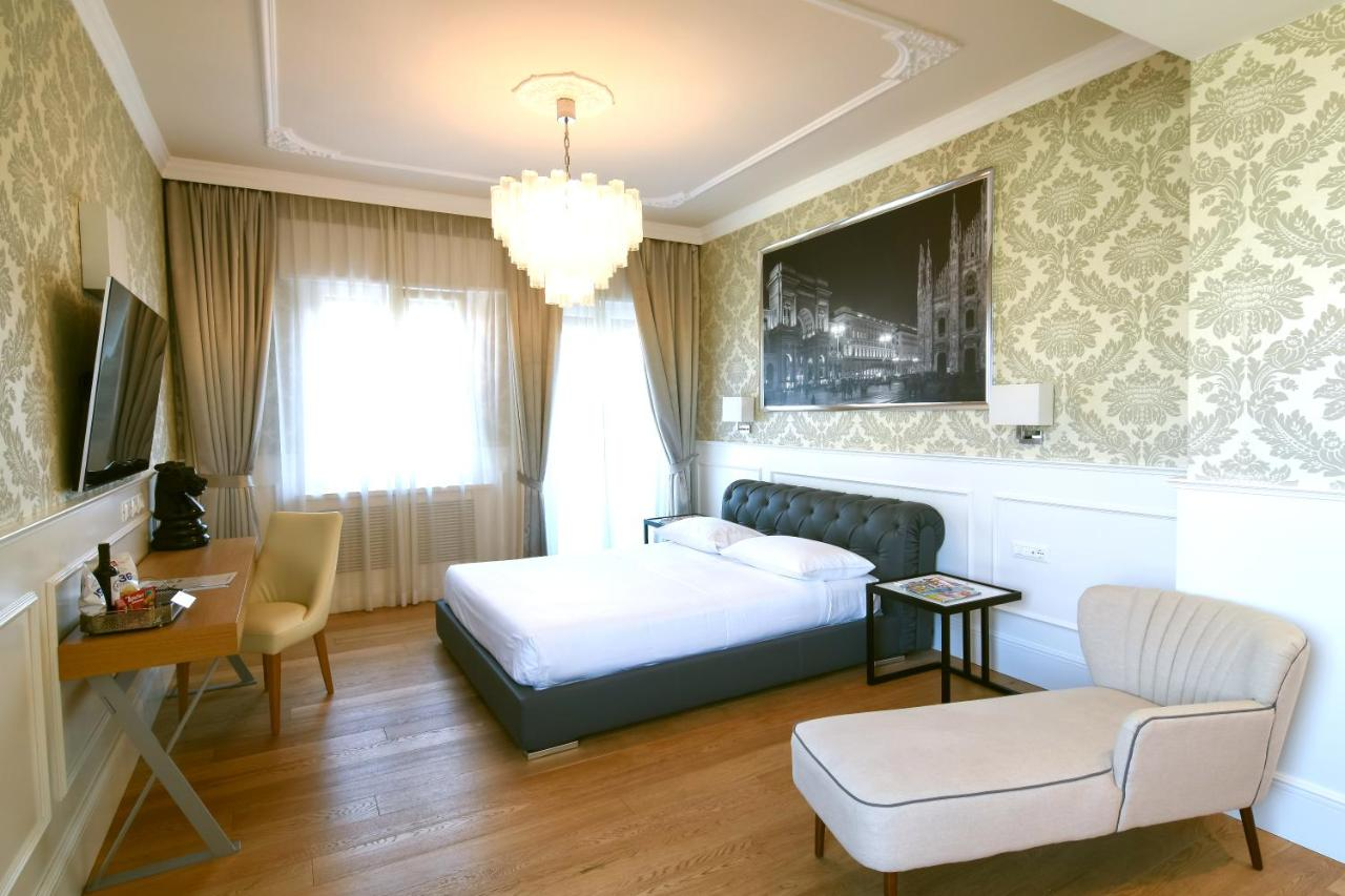 Guesthouse Suite Milano Duomo Italy Booking Com