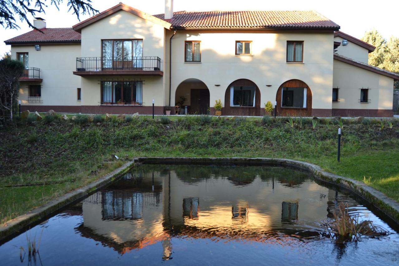 Hotel Rural Villarromana, Saldaña, Spain - Booking.com