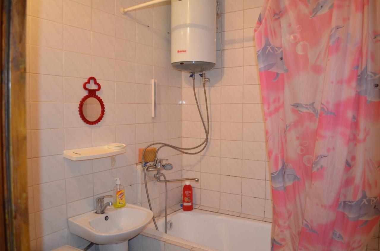 Апартаменты/квартира Apartments On Vostok-5,21