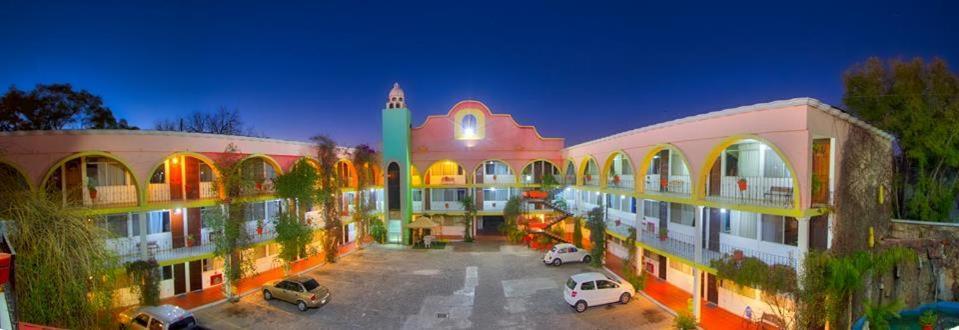 Отель Отель Hotel Florida Plaza