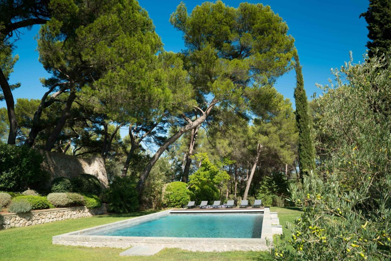 Ferronnerie D Art Aix En Provence bed and breakfast domaine de saint clair, aix-en-provence