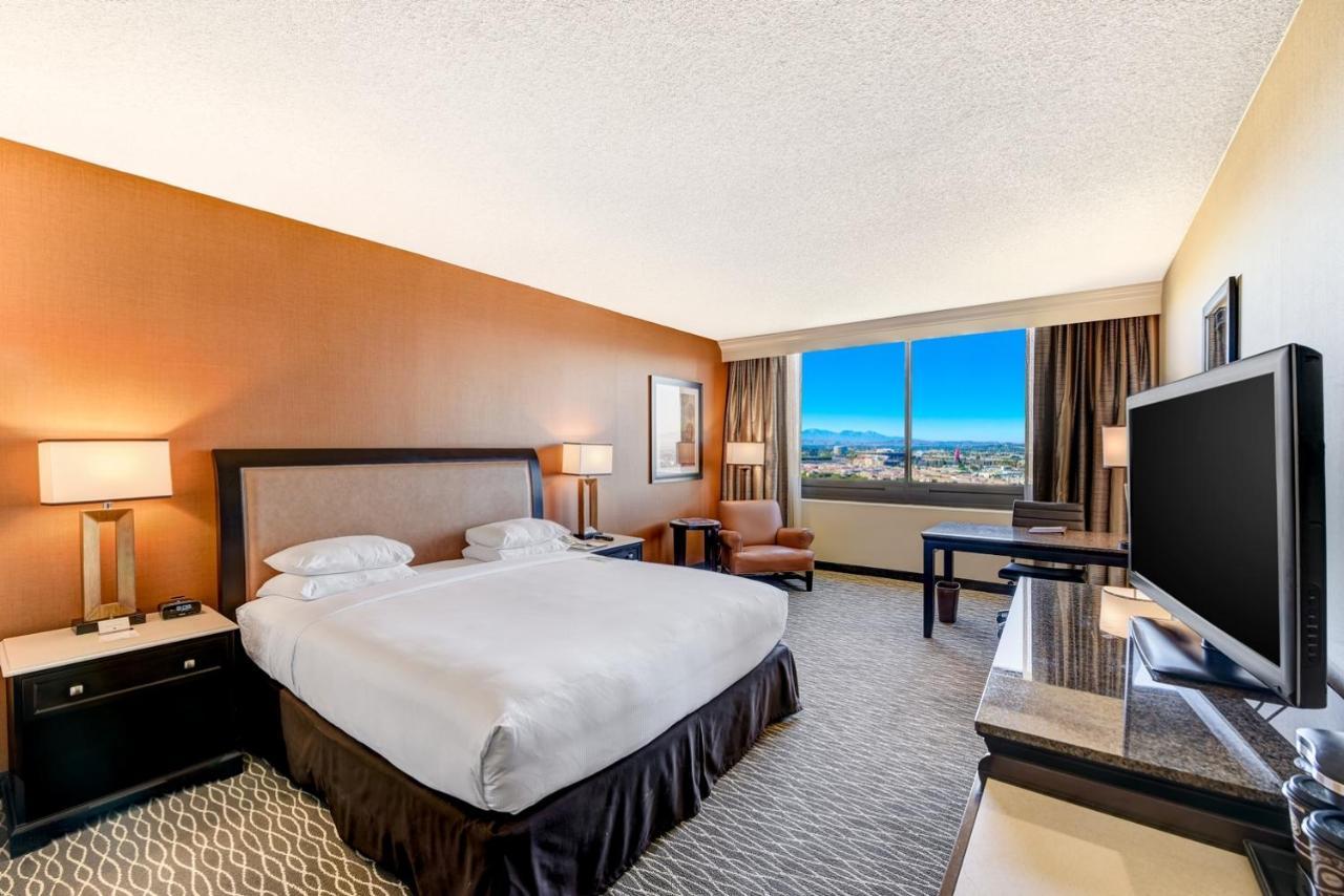 ダブルツリー バイ ヒルトン アナハイム / オレンジ カウンティ(DoubleTree by Hilton Anaheim/Orange County)3つ星