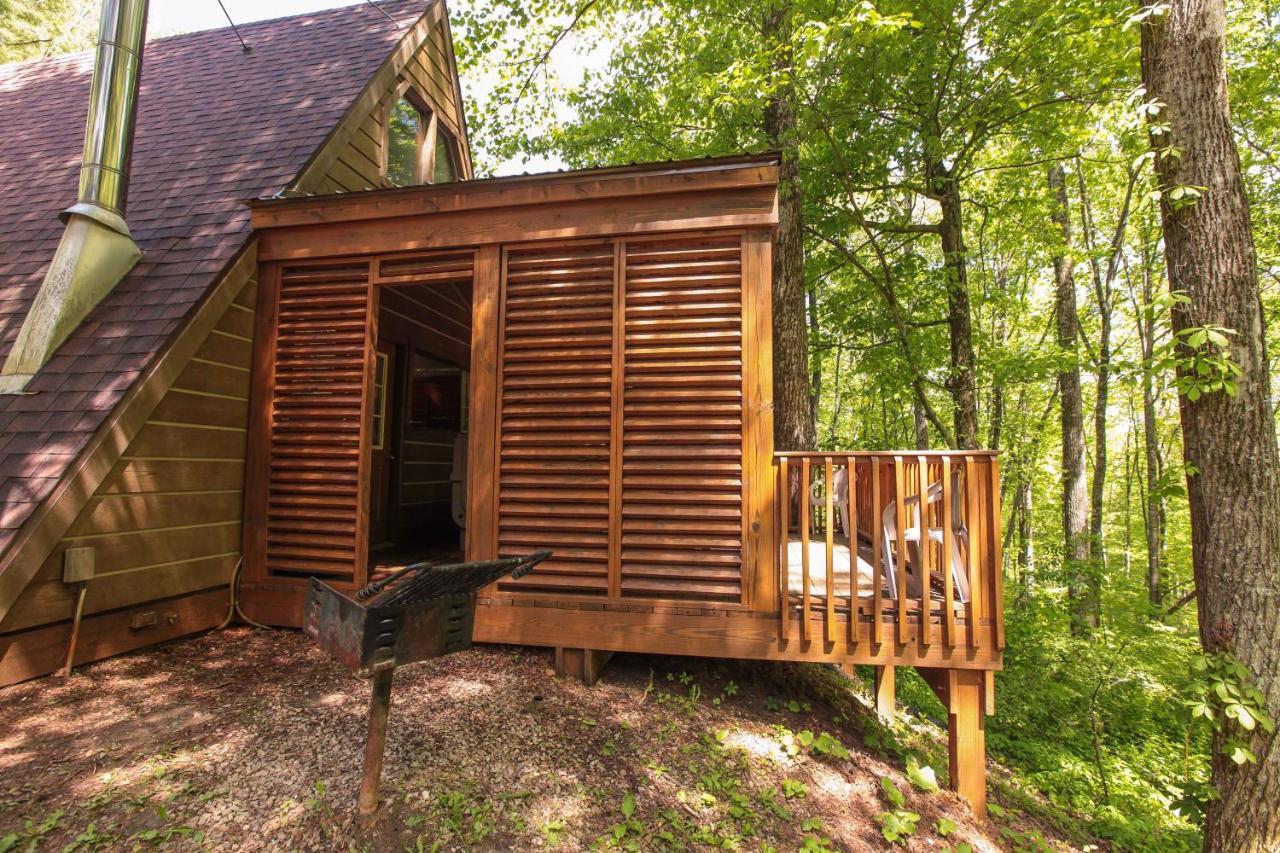 Дом для отпуска A-Frame #08 - Hocking Hills Home
