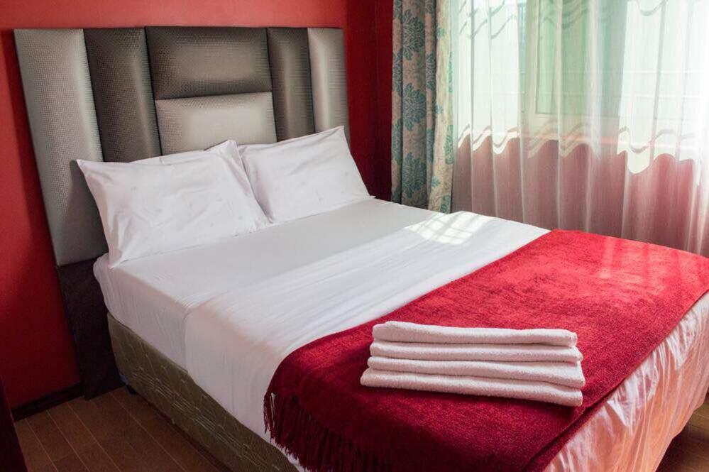 Апарт-отель Amaris Apartments