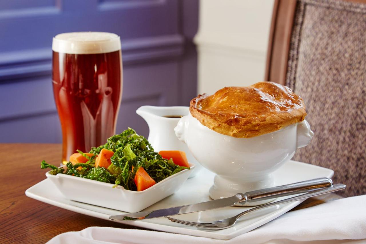 middag dating Exeter bästa öppnings linje på dejtingsajt