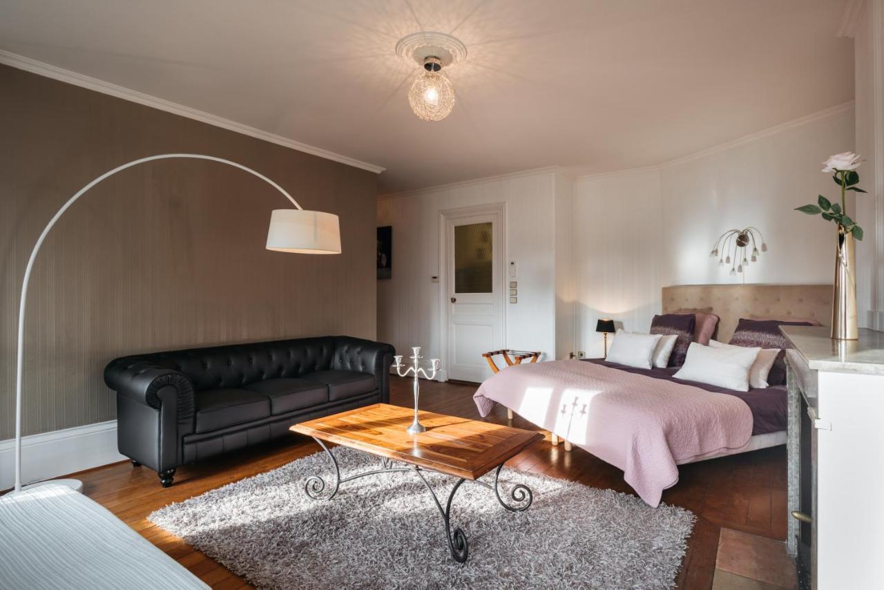 Separation Salon Chambre Studio appartement de luxe hypercentre, lyon, france - booking