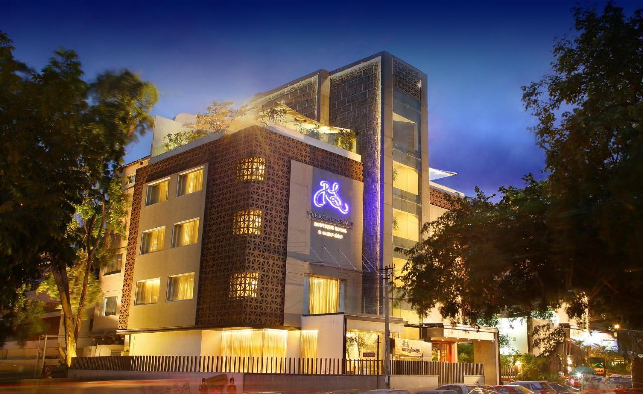 Отель  The Royale Senate Race Course, Bangalore