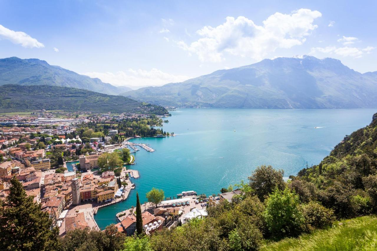 Ambienti Riva Del Garda hotel savoy palace, riva del garda, italy - booking