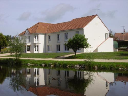 Отель  L'Orée Des Châteaux
