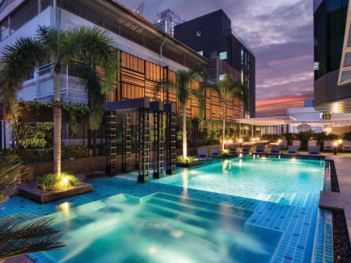 โซลิแทร์ แบงค็อก สุขุมวิท 11 (Solitaire Bangkok Sukhumvit 11)
