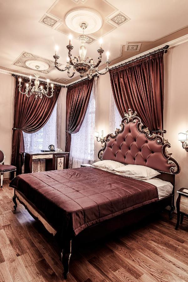 Отель  Арт-отель Александровский