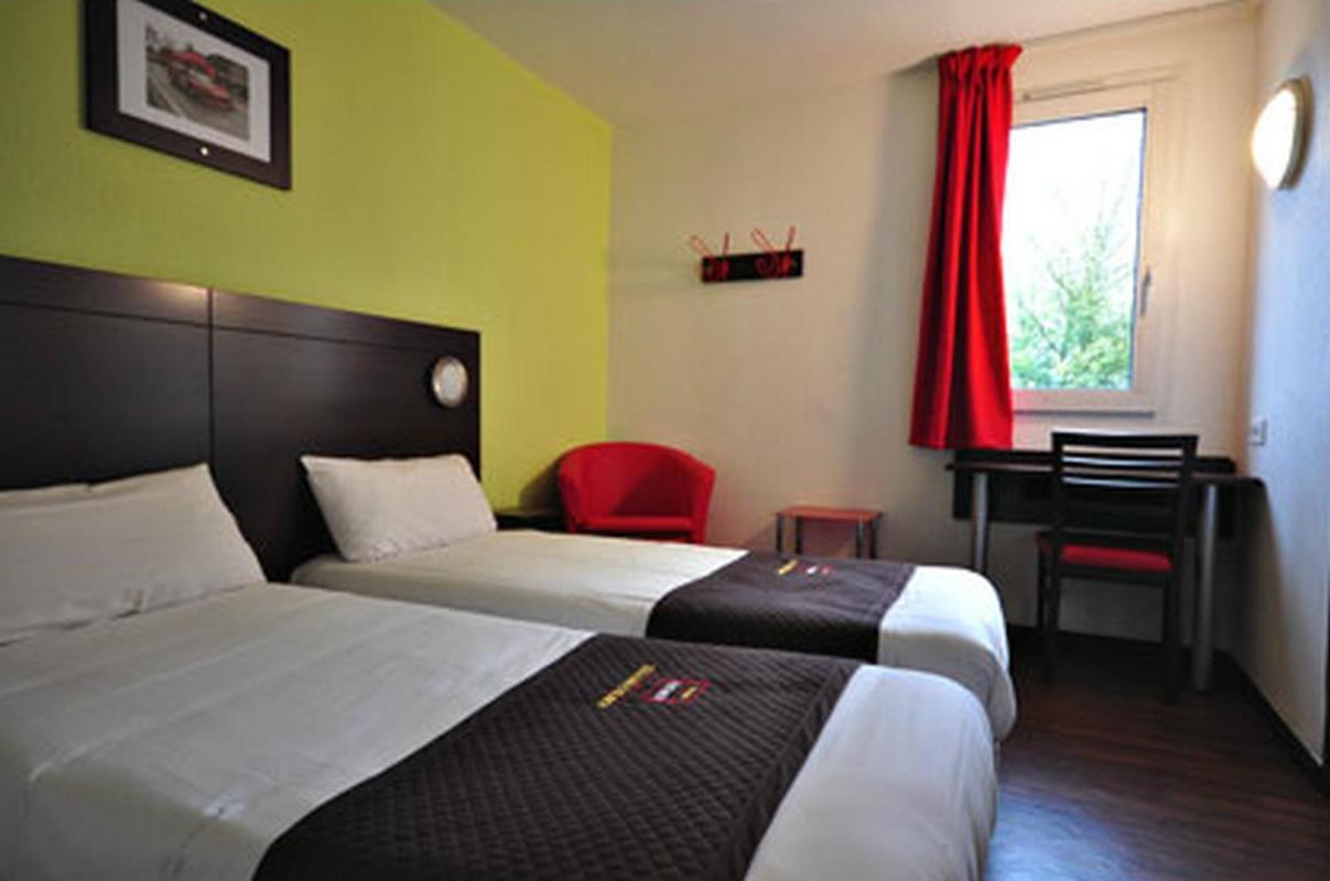 Отель  Enzo Hotel