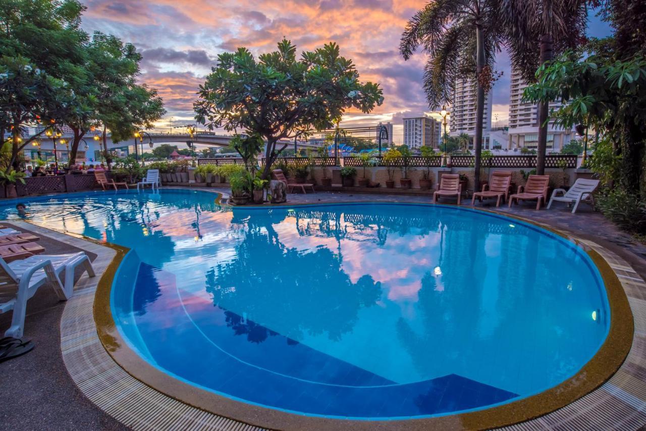 Hotel New Siam Riverside Bangkok Thailand Booking Com